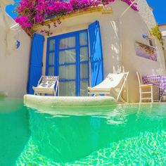 kurabiye otel - Alacati,Izmir,Turkey. I wonder if i can have a house like this, like a summer house.