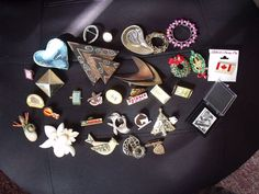 jewelry lot mixture , pins, necklaces