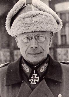 ■ General der Aritllerie Ernst Eberhard Hell (1887-1973) - RKE Kommandierender General VII.Armeekorps