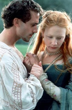 Cate Blanchett as Queen Elisabeth I and Joseph Fiennes as Robert Dudley, Earl of Leicester in 'Elizabeth' Elizabeth Movie, Elizabeth 1998, Queen Elizabeth, Joseph Fiennes, Movie Stars, Movie Tv, Elisabeth I, Image Film, Bon Film
