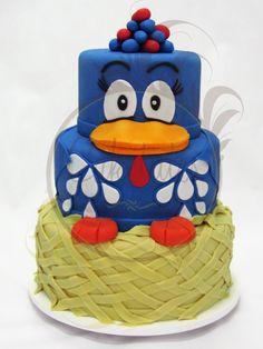 Caketutes Cake Designer: Bolo Galinha Pintadinha