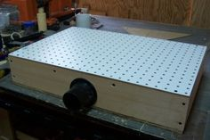 """""""Suction Sanding Table""""--this is too clever not to repin.  I have no idea what I'd use it for (it seems a bit small...) but it's very smart."""