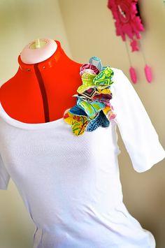 cute ruffle corsage shirt