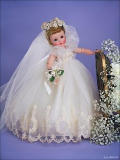 Study, photography and reasearch of the dolls of the Alexander Doll Company Antique Dolls, Vintage Dolls, Beautiful Dolls, Beautiful Bride, Vintage Madame Alexander Dolls, Decorated Wine Glasses, Glamour Dolls, Doll Display, Bride Dolls