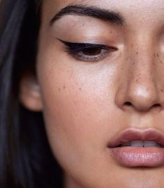 how to get LUMINOUS-LOOKING SKIN http://bellamumma.com/2016/08/luminous-looking-skin.html?utm_campaign=coschedule&utm_source=pinterest&utm_medium=nikki%20yazxhi%20%40bellamumma&utm_content=how%20to%20get%20LUMINOUS-LOOKING%20SKIN