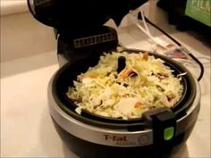 Left over crap thrown in the actifry with Noodles Other Recipes, Yummy Recipes, Crockpot Recipes, Dinner Recipes, Yummy Food, Tefal Actifry, Actifry Recipes, Lo Mein, Vegan Options