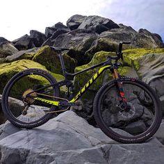 A imagem pode conter: bicicleta e atividades ao ar livre Scott Spark, Scott Bikes, Mountain Biking, Trail, Bicycle, Adventure, World, Instagram, Outdoor