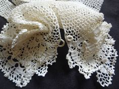 "EDWARDIAN 1900s Antique Ivory IRISH Crochet Knit 10"" Fishnet GLOVES Tiered Scallop Ruffle Cuffs Vented Loop Button Sz L Downton Abbey Gothic"