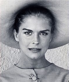 Candice Bergen during Film Set of 'The Adventurers' - September 1968 in Rome, Italy, Italy. (Photo by Ron Galella/WireImage) Candice Bergen, 80s Actresses, Julie Christie, Figure Photography, Peter Lindbergh, Catherine Deneuve, Timeless Beauty, New Image, Celebrity Photos