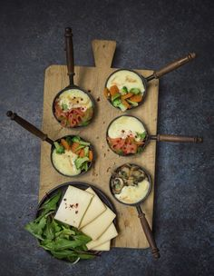 Raclette in three versions - Raclette Fondue Raclette, Raclette Party, Raclette Ideas, French Soup, Queso Fundido, Silvester Party, Vegan Cheese, Avocado Egg, Ideas