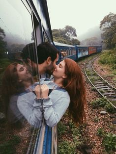 kiss on the moving train, find more Love Photos on LoveIMGs. LoveIMGs is a free Images Pinboard for people to share love images. Cute Relationship Goals, Cute Relationships, Relationship Pictures, Couple Relationship, Love Images, Love Photos, Beautiful Images, Couple Fotos, Couple Goals Cuddling