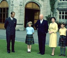 Mace on Twitter:  Duke of Edinburgh, Princess Anne, Queen Elizabeth and Prince Charles with American President Dwight Eisenhower, Balmoral, 1959