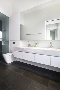 5 Lucky ideas: Simple Bathroom Remodel House master bathroom remodel with window.Bathroom Remodel Floor House very small bathroom remodel. Bathroom Mirror Design, Narrow Bathroom, Bathroom Renos, Bathroom Interior, Modern Bathroom, Master Bathroom, Wall Mirror, Bathroom Vanities, Bathroom Plants