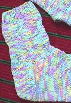 Made these socks-mine we a pink and brown verigated.  Turned out cute!