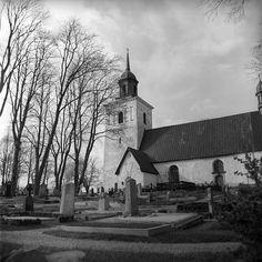 sollentuna, sweden  may 1959    sollentuna church and cemetery