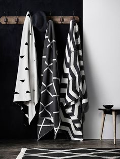 Monochrome black and white bathroom inspiration Textiles, Bathroom Inspiration, Design Inspiration, Bathroom Inspo, Bathroom Styling, Interior Inspiration, Bathroom Ideas, Scandi Living, White Houses