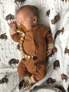 and baby boy Baby Boy Outfits Newborn Shoes 23 Ideas Baby-Outfits Neugeborene Schuhe 23 Ideen So Cute Baby, Baby Kind, Cute Babies, Newborn Shoes, Baby Outfits Newborn, Baby Boy Newborn, Baby Gap, The Babys, Disney Babys