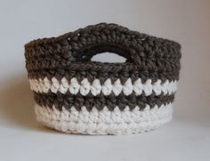 chunky-crochet-basket/love chunky knitting and crochet