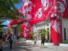 Incredible exterior Building wrap for DFS  Galleria Hawaii.    Fabrication and installation eventscape inc. Artwork Jasper Wong of Pow! wow! wow!