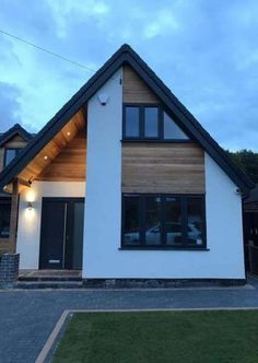 60 Ideas For House Styles Architecture Bungalows House Cladding, Exterior Cladding, Exterior Doors, Oak Cladding, House Paint Exterior, Exterior House Colors, Building Exterior, Modern Exterior, Exterior Design