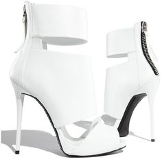 Giuseppe Zanotti High-Heel Banded Peep-Toe Cage Bootie (1.965 RON) ❤ liked on Polyvore featuring shoes, heels, boots, sandals, leather sole shoes, tassel shoes, chunky shoes, peep toe platform shoes and high heel peep toe shoes