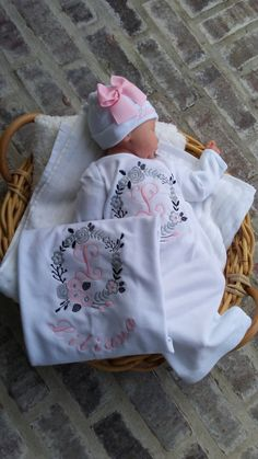 Newborn Girl Coming Home Outfit Personalized Floral Gown Beanie Swaddling Blanket Baby Girl Shower Gifts Take Home Outfit Floral Wreath Baby - Name Baby Girl - Ideas of Name Baby Girl - Girls Coming Home Outfit, Take Home Outfit, Newborn Coming Home Outfit, Girl Shower, Baby Shower, Newborn Hospital Outfits, Newborn Girl Outfits, Welcome Baby Girls, Newborn Beanie