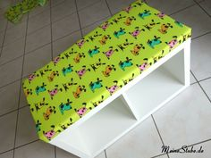 buntes kinderzimmer kinder leseecke ikea. Black Bedroom Furniture Sets. Home Design Ideas