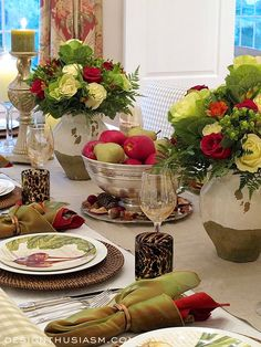 Early Fall Tablescape | 7 ways to bring early fall to a special dinner table setting | #Designthusiasm