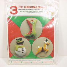 Vintage-Christmas-Felt-Ornament-Kit-Boot-Snow-Man-Reindeer-Sequin-Retro-Holiday