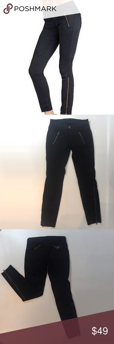 J Brand black Zipper skinny pants So pretty J brand skinny pants with zipper. In excellent condition - like new! Size 24. J Brand Pants Skinny