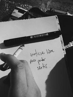 Sentirse Libre Para Poder Sentir - FRASES.PW Fact Quotes, Words Quotes, Wise Words, Me Quotes, Sayings, Frases Tumblr, Tumblr Quotes, Frases Instagram, Rock Argentino