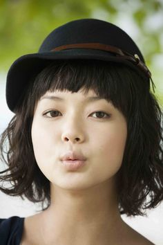 Mikako Tabe , Tabe Mikako(多部未華子) / japanese actress Beautiful People, Beautiful Women, Black Lips, Japanese Beauty, Japanese Artists, Celebs, Celebrities, Touken Ranbu, Female Portrait