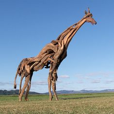 Great sculpture made out of driftwood by Jeffro Uitto.