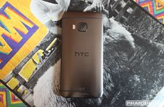 Tips & tricks for new HTC One owners, including how to customize themes, change navigation buttons, configure BlinkFeed, and more. Htc One M9, Best Android, Hush Hush, Im Not Perfect, Phone Cases, Make It Yourself, Iphone, Blind, Buttons