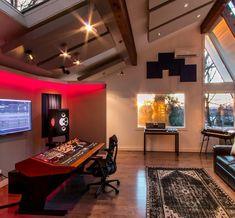 """Joey Raia's private studio in New York. Home Studio Desk, Basement Studio, Studio Build, Studio Spaces, Recording Studio Furniture, Recording Studio Setup, Audio Studio, Music Studio Room, Sound Studio"