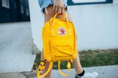 warm yellow vibes, miss summer!