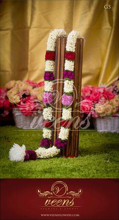 Wedding Garlands, Flower Garland Wedding, Wedding Mandap, Flower Garlands, Stage Decorations, Indian Wedding Decorations, Flower Decorations, Flower Centerpieces, Wedding Centerpieces
