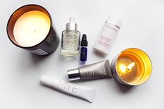 Nisi's Beauty Night Routine: - Eyecream Brilliant Eyes from MYE - Gentle Exfoliator from Clarins - Night cream from Caudalíe - Midnight Recovery Concentrate from Kiehl's - Huile Lotus face oil from Clarins. teetharejade.com