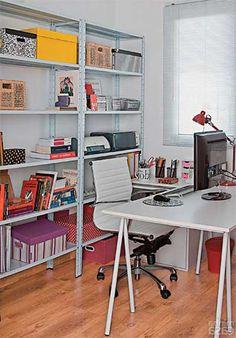 escritório arrumado                                                                                                                                                                                 Mais