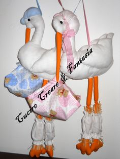 Storks-handmade bow of birth Storks, Birth, Projects To Try, Bows, Christmas Ornaments, Holiday Decor, Handmade, Home Decor, Arches