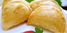 Com a Massa Fácil para Pastel de Forno você faz pastel de forno de forma rápida e econômica sem abrir mão do sabor. Faça e confira o resultado! Veja Também Appetizer Recipes, Snack Recipes, Cooking Recipes, Appetizers, Food L, Good Food, Indonesian Cuisine, Portuguese Recipes, Savory Snacks