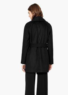 Пальто с лацканами шерсть
