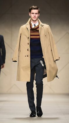Burberry Fitted Cotton Trench Coat