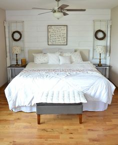 Awesome 40 Farmhouse Style Master Bedroom Decorating Ideas https://rusticroom.co/2246/40-farmhouse-style-master-bedroom-decorating-ideas