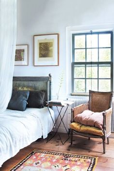Bedroom Bliss - Painted Window Frames That Pop - Photos