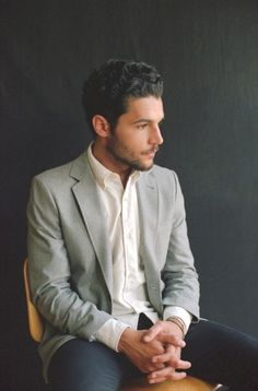 Girls' Christopher Abbott Goes from Set to Hotseat - Culture - Vogue
