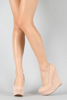 nude wedges.. finally!
