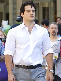 New Superman ~ Henry Cavill ~ Man of Steel. I highly approve. The only other man who could have stepped into Christopher Reeves red boots. Superman Henry Cavill, My Superman, Superman Hair, Gentleman, Love Henry, Henry Williams, Man Of Steel, Fine Men, Models