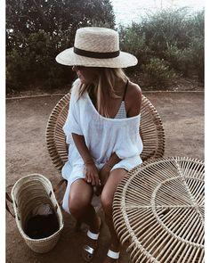 """373 mentions J'aime, 7 commentaires - Marine Pelletier (@navy.paris) sur Instagram : """"Pastis ? Anisette ? retour de plage et l'heure de l'apéro!! Bonne soirée Ig """""""