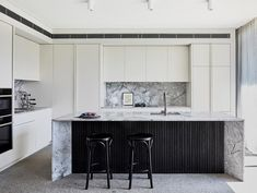 Opposites attract in this split-level Sydney home where Australian Federation proudly meets tropical modernism under one cohesive roof. Interior Exterior, Interior Architecture, Interior Design, Kitchen Interior, Kitchen Design, Timber Cladding, Timber Flooring, 21st Century Homes, Bedroom With Ensuite